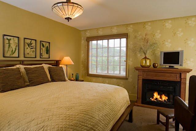Room 211 The Settlers Inn