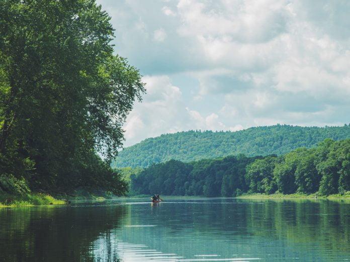 Canoe Delaware Water Gap